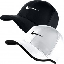GORRA NIKE FEATHER LIGHT